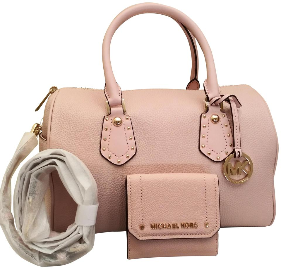 1fd6a9e595d3 Michael Kors Aria Medium Studded and Hayes Trifold Wallet Set Pastel Pink  Leather Satchel