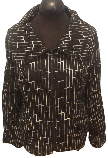 Item - Black and White Abstract High Collar Jacket Size 6 (S)