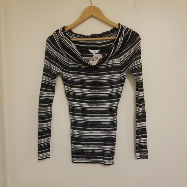 Candie's Sweater Image 1