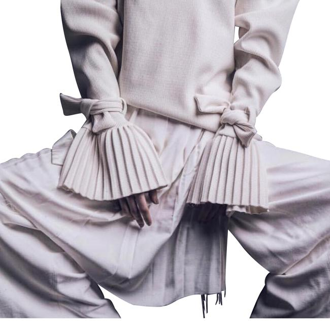 Preload https://img-static.tradesy.com/item/24176120/offwhite-cotton-removable-over-skirt-pants-size-2-xs-26-0-1-650-650.jpg
