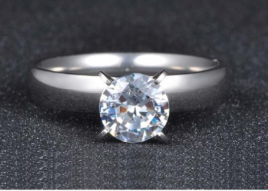Other 1.50 CTW Brilliant Cut Solitaire Rhodium Plated Cubic Zirconia Ring Image 2