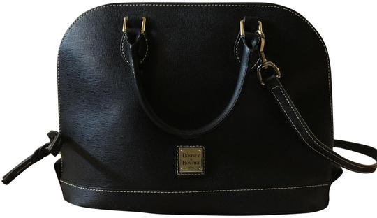 Preload https://img-static.tradesy.com/item/24176247/dooney-and-bourke-saffiano-black-leather-satchel-0-1-540-540.jpg