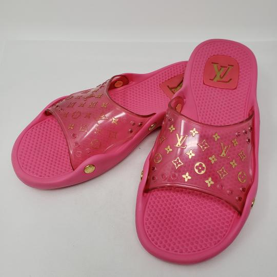 Louis Vuitton Pvc Gold Hardware Lv Perforated Jelly Pink Sandals Image 10
