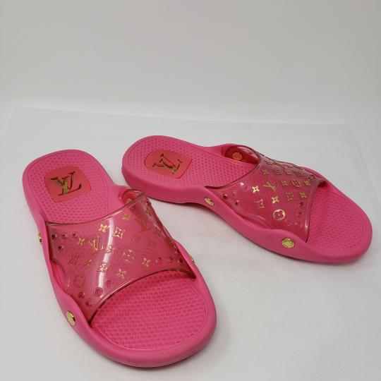Louis Vuitton Pvc Gold Hardware Lv Perforated Jelly Pink Sandals Image 2