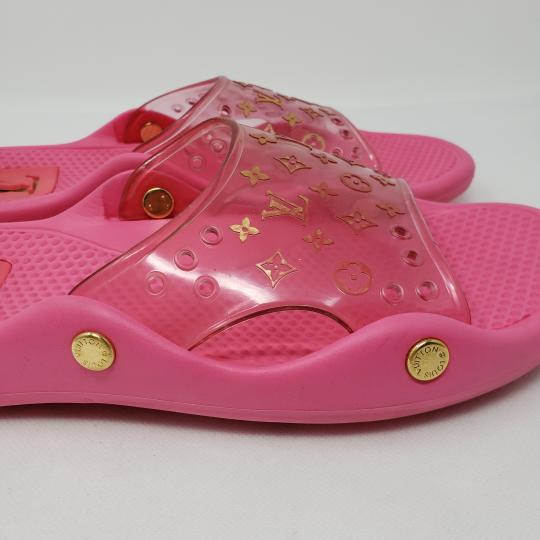 Louis Vuitton Pvc Gold Hardware Lv Perforated Jelly Pink Sandals Image 4