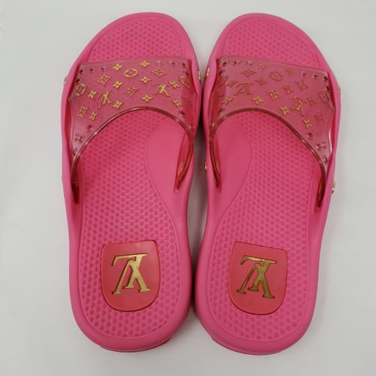 Louis Vuitton Pvc Gold Hardware Lv Perforated Jelly Pink Sandals Image 5