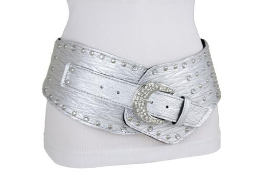 Preload https://img-static.tradesy.com/item/24176995/metallic-silver-women-western-unique-hip-waist-wide-band-metal-studs-bling-belt-0-0-540-540.jpg