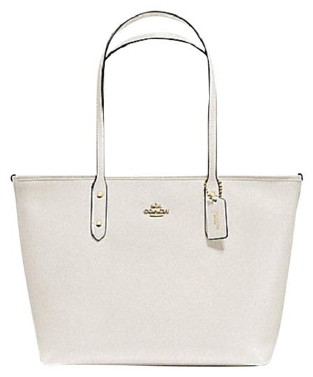 Preload https://img-static.tradesy.com/item/24177183/coach-city-zip-top-in-36875-57522nwt-white-leather-tote-0-1-540-540.jpg