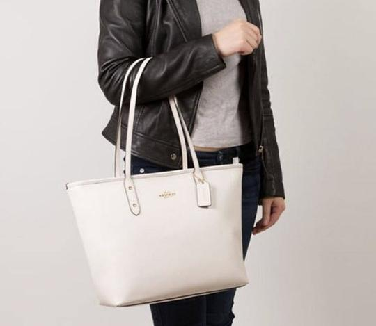 Coach Shoulder 36875 Satchel 36876 Tote in white Image 1