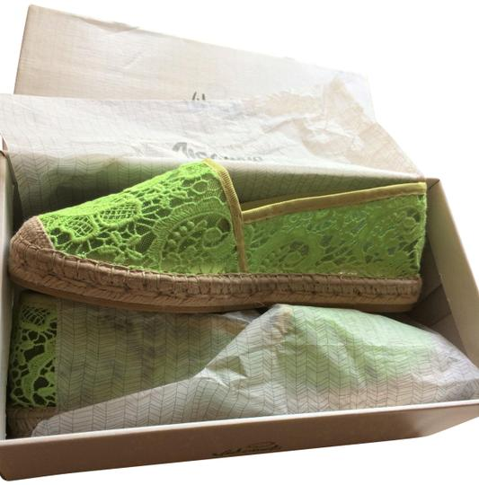 Preload https://img-static.tradesy.com/item/24177655/lime-green-37-women-s-pistachio-lace-espadrille-flats-size-eu-40-approx-us-10-regular-m-b-0-1-540-540.jpg