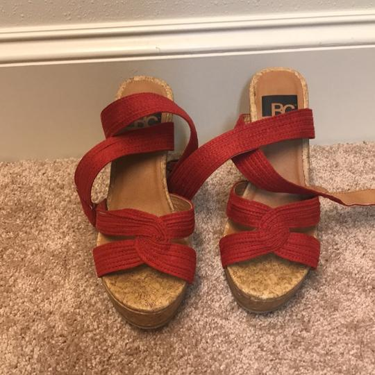 BC red, brown Wedges Image 1