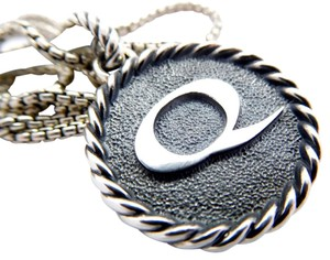 "David Yurman David Yurman Sterling Silver Initial Letter ""Q"" Necklace"