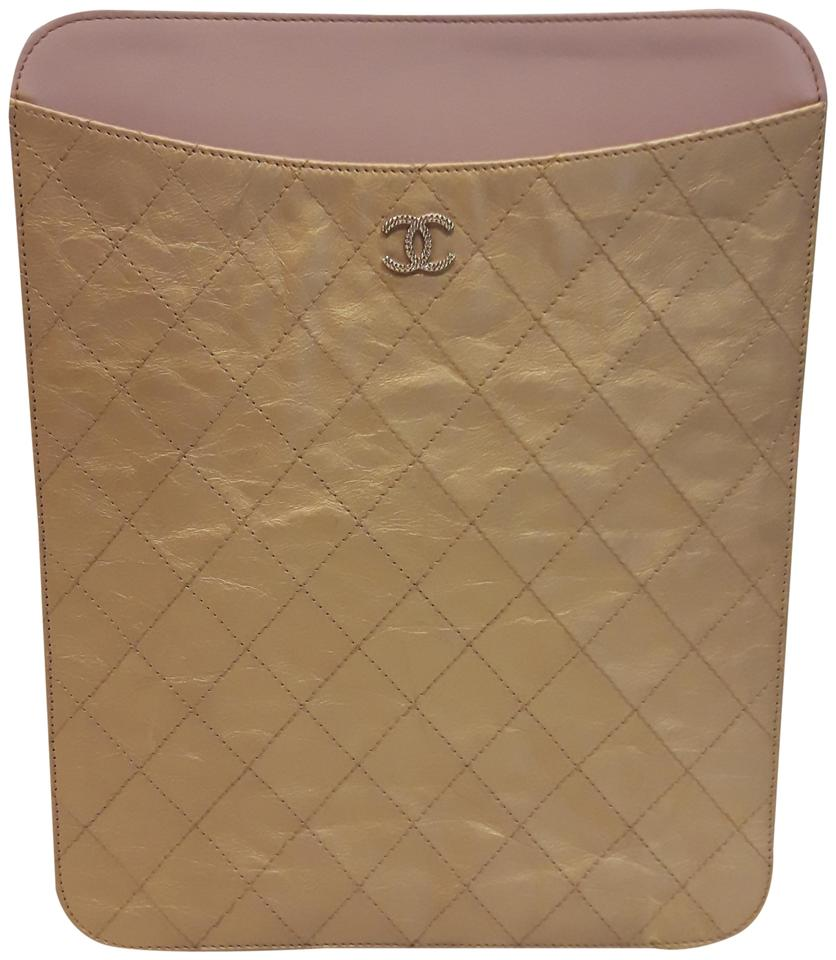 3119034dfa4d Chanel Authentic Chanel Gold Leather Quilted iPad case Image 0 ...