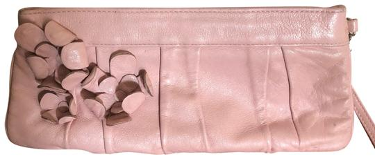 Preload https://img-static.tradesy.com/item/24180154/isabella-fiore-wristletclutch-pink-leather-wristlet-0-1-540-540.jpg