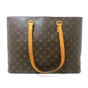 Louis Vuitton Tote in monogram canvas