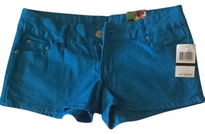 Cache Shorts Teal Blue