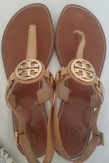 Tory Burch Thong Leather Patent Beige Sandals