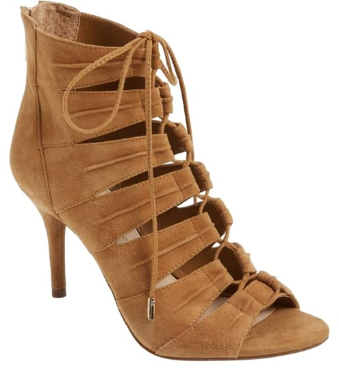 Preload https://img-static.tradesy.com/item/24180558/jessica-simpson-brown-mahiri-ghillie-suede-leather-lace-up-pumps-size-us-7-regular-m-b-0-1-540-540.jpg