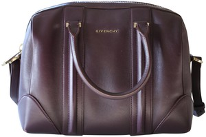 Givenchy Leatherbag Stylish Satchel in purple