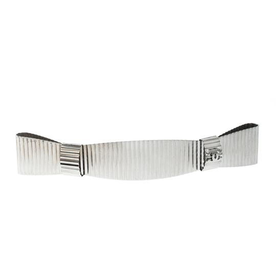 Preload https://img-static.tradesy.com/item/24181251/chanel-silver-cc-textured-double-bow-tone-barrette-clip-hair-accessory-0-0-540-540.jpg