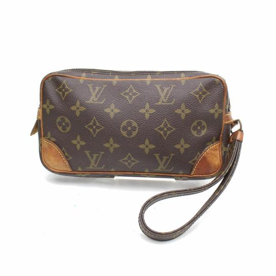 Preload https://img-static.tradesy.com/item/24181356/louis-vuitton-marly-dragonne-marly-monogram-pm-868314-brown-coated-canvas-wristlet-0-0-540-540.jpg