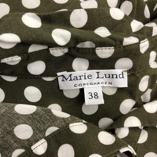 Marie Lund Top Olive Green/White