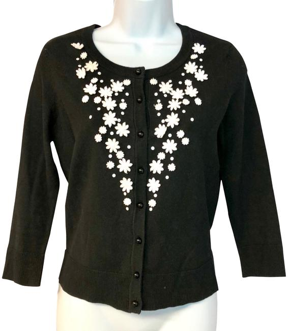 Preload https://img-static.tradesy.com/item/24181449/charter-club-black-white-floret-appliques-cotton-knit-cardigan-xs-blouse-size-2-xs-0-1-650-650.jpg