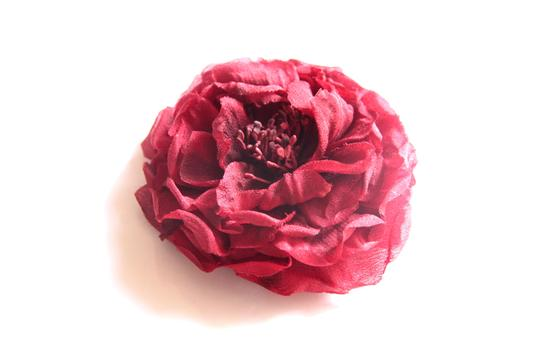 Gucci In Stores Now Gucci Red Flower Pin