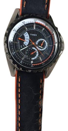 Preload https://img-static.tradesy.com/item/24181533/timex-chronograph-men-s-size-watch-0-1-540-540.jpg