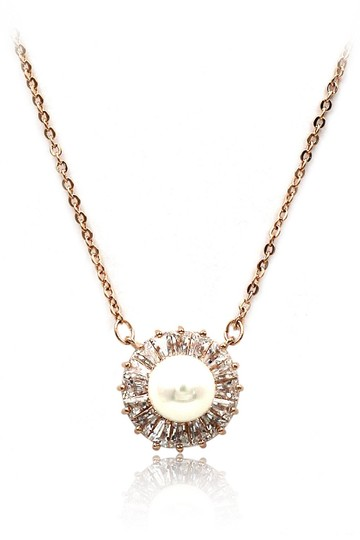 Preload https://img-static.tradesy.com/item/24181555/rose-gold-lovely-pearl-crystal-necklace-0-0-540-540.jpg