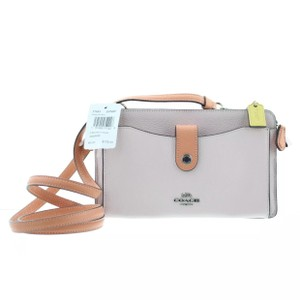 Coach Up Messenger Leather Cross Body Bag