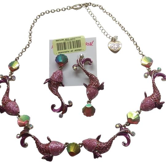 Preload https://img-static.tradesy.com/item/24181699/betsey-johnson-hot-pink-new-dolphinseashell-necklace-and-earrings-0-2-540-540.jpg