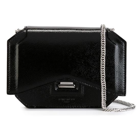 Preload https://img-static.tradesy.com/item/24181795/givenchy-bow-cut-mini-black-leather-cross-body-bag-0-0-540-540.jpg