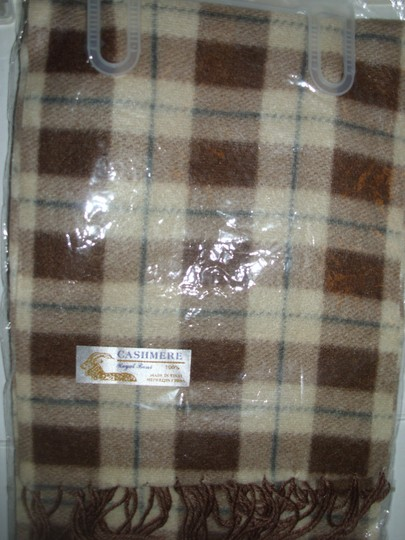 Royal Rossi Brand new brown tan ivory plaid checked gingham cashmere scarf muffler
