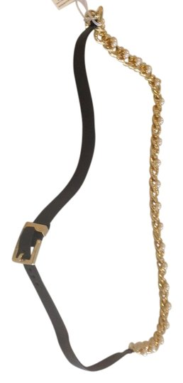 Preload https://img-static.tradesy.com/item/2418274/tory-burch-gold-winchel-faux-pearl-and-leather-strap-necklace-0-0-540-540.jpg