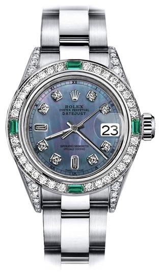 Preload https://img-static.tradesy.com/item/24182755/rolex-stainless-steel-black-pearl-82-tr-26mm-datejust-diamond-lugs-and-emerald-watch-0-1-540-540.jpg