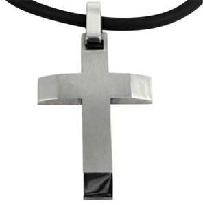 Apples of Gold MEN'S TITANIUM CROSS PENDANT