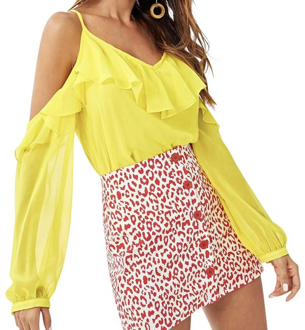 Preload https://img-static.tradesy.com/item/24183850/shein-yellow-open-shoulder-solid-ruffle-blouse-size-4-s-0-1-650-650.jpg