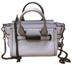 Coach Pebble Leather Swagger Like New Satchel in Lavender
