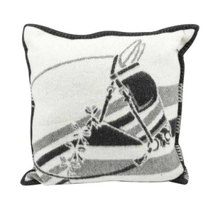 Hermès Hermes Pillow / Cushion Couvertures Ecru and Gris Fonce Throw Pillow