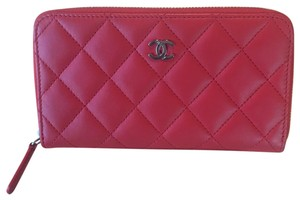 Chanel mid wallet