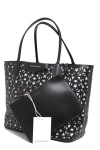 Givenchy Tote in Black/White
