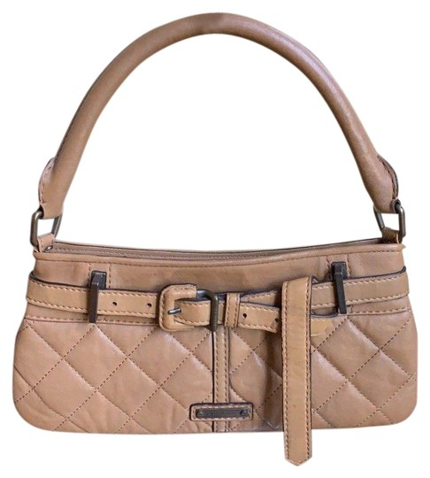 Preload https://img-static.tradesy.com/item/24188674/burberry-quilted-small-purse-clutch-brown-leather-shoulder-bag-0-1-540-540.jpg