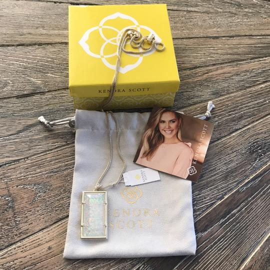 Kendra Scott Kendra Scott Edith Necklace in Gold