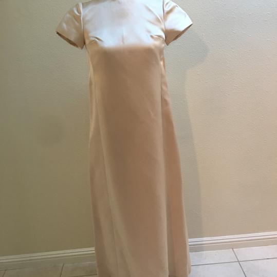 Ivory Modern Wedding Dress Size 4 (S)