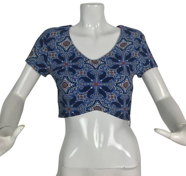 Preload https://img-static.tradesy.com/item/24189373/show-me-your-mumu-multi-color-cropped-floral-blouse-size-12-l-0-1-650-650.jpg