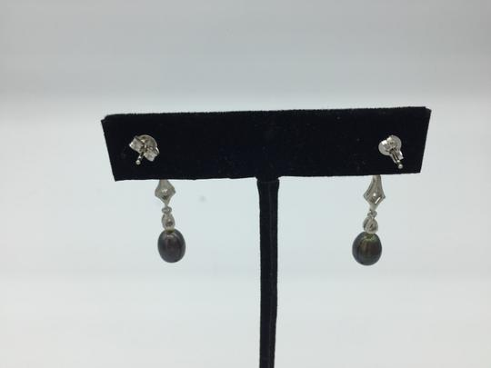 Other White gold diamond metallic colored pearl earring