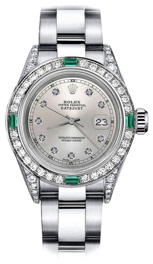 Preload https://img-static.tradesy.com/item/24189622/rolex-stainless-steel-silver-track-31mm-datejust-diamond-lugs-and-emerald-watch-0-1-540-540.jpg