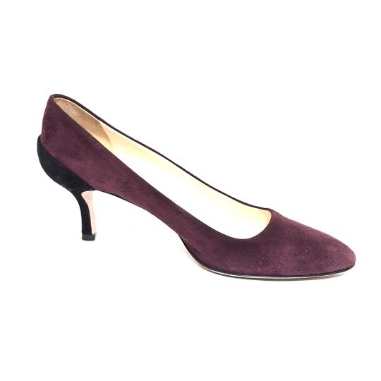 Preload https://img-static.tradesy.com/item/24189649/prada-maroon-and-black-two-tone-suede-pointed-pumps-size-eu-37-approx-us-7-regular-m-b-0-0-540-540.jpg