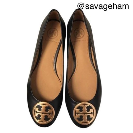 Preload https://img-static.tradesy.com/item/24189650/tory-burch-black-reva-ballet-flats-size-us-55-regular-m-b-0-3-540-540.jpg